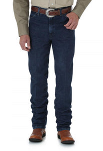 Men's Wrangler Cowboy Cut Jean Slim Fit in Dark Stone from the front