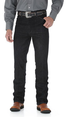 Men's Wrangler Cowboy Cut Stretch Jean Slim Fit in Black Stretch from the front