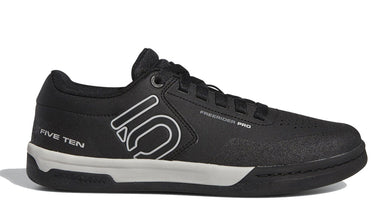 Men's Five Ten Freerider Pro Biking Shoe in Black/Grey Two/Grey Five from the side