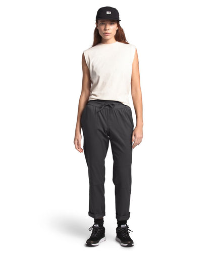 Women's The North Face Aphrodite Motion Pant in Urban Navy from the front