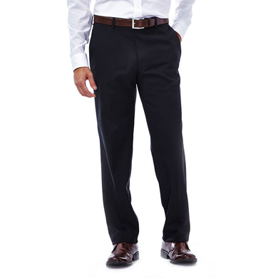 Men's Haggar E-CLO Stretch Slim Fit Flat Front Herringbone Stripe Slack in Black from the front view