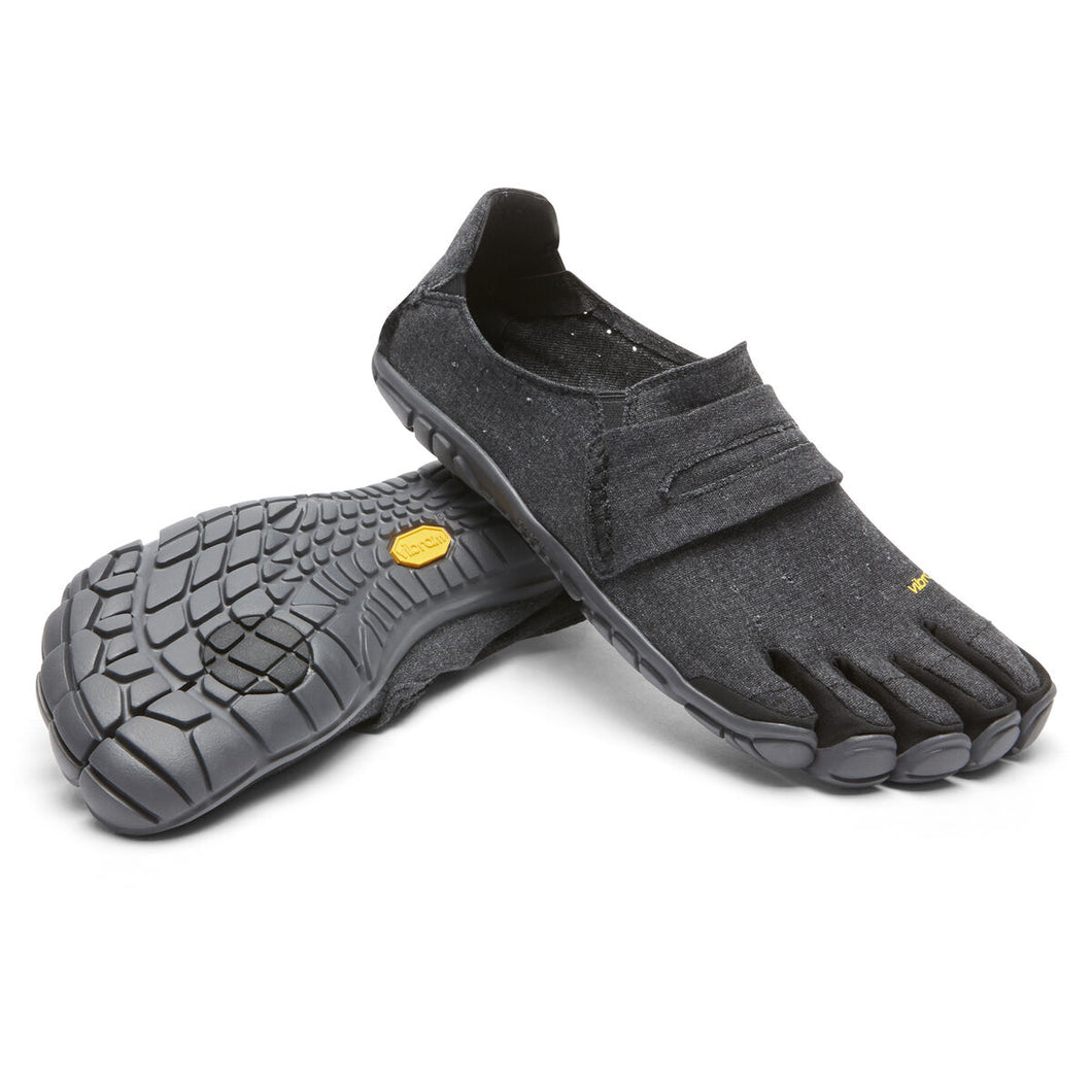 Men's Vibram Five Fingers CVT-Hemp Walking Shoe in Black from the front