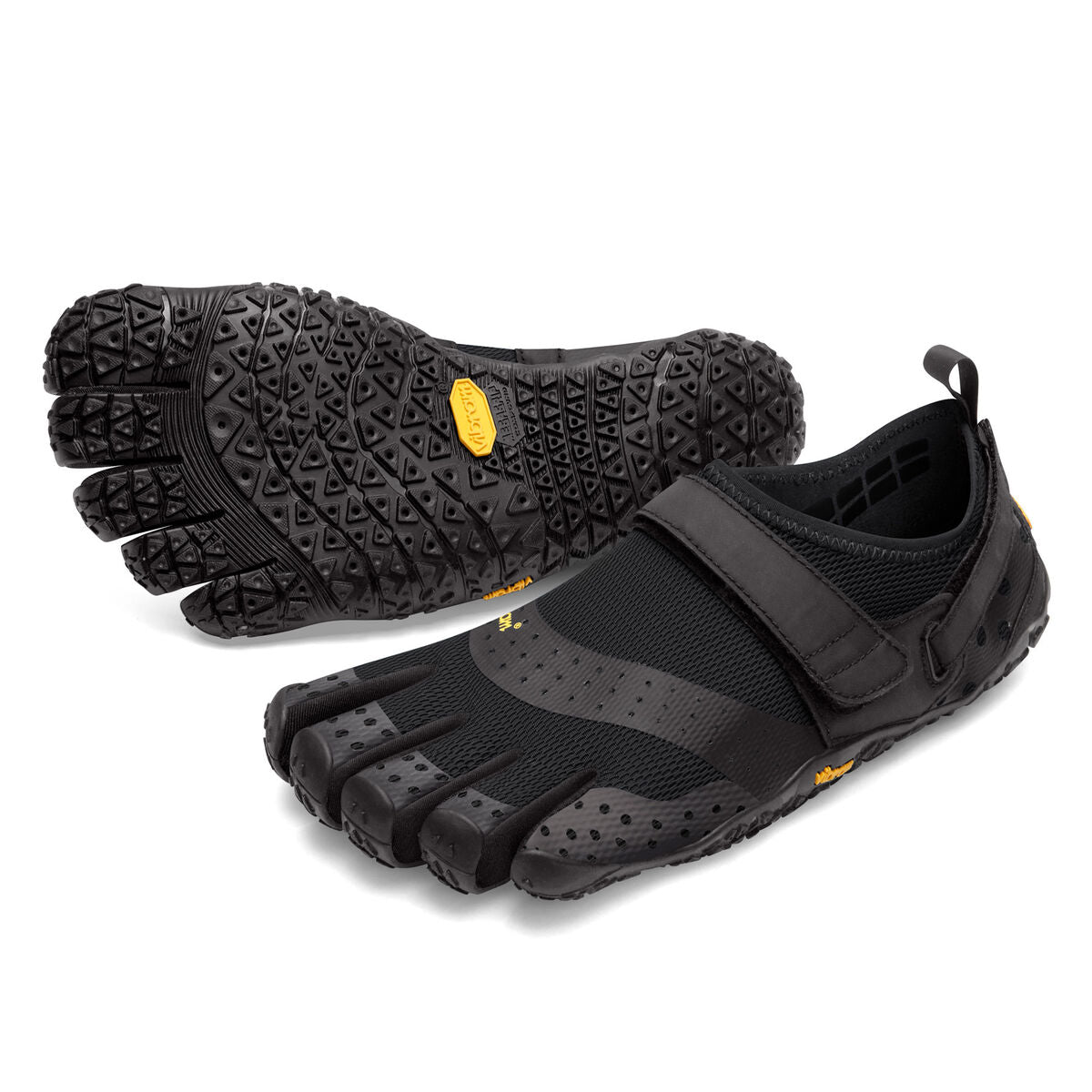Men's Vibram Five Fingers V-Aqua Water Shoe in Black from the front