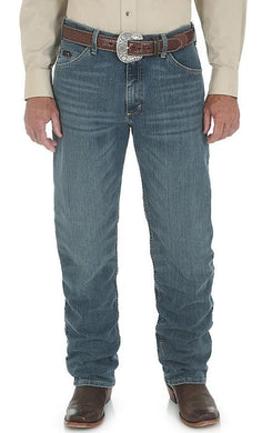 Men's Wrangler 20X® Advanced Comfort 01 Competition Relaxed Jean in Barrel