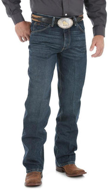 Men's Wrangler 20X Jean Relaxed Fit in Deep Blue
