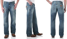 Load image into Gallery viewer, Men's Wrangler Retro Relaxed Fit Bootcut Jean in Rocky Top
