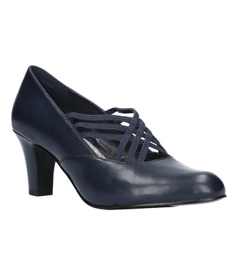 Women's Easy Street Rumer Pump Shoe in Navy/Gore from the front view