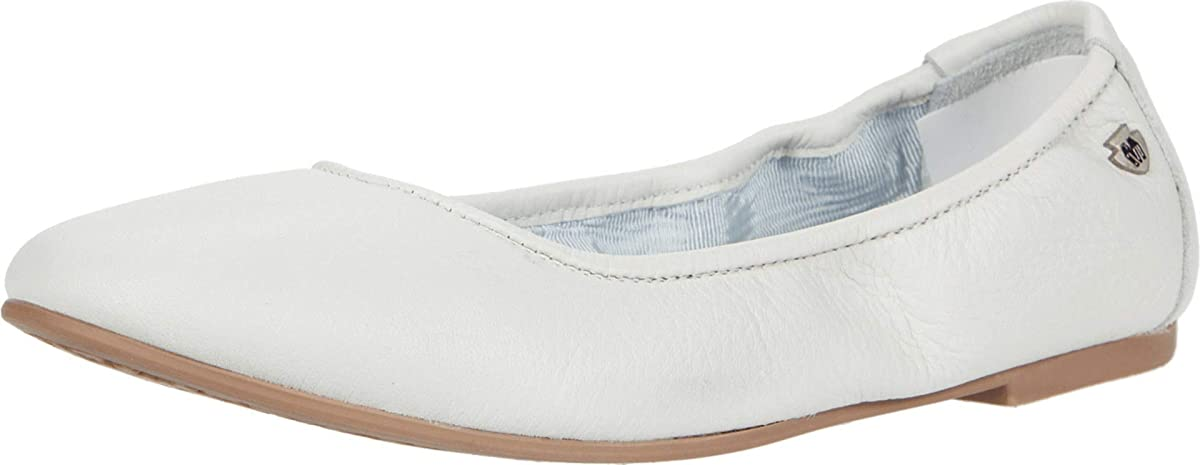 Women's Minnetonka Anna Ballet Flat Shoe in White from the side view