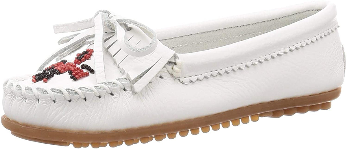 Women's Minnetonka Thunderbird II Mocassin in White from the front view