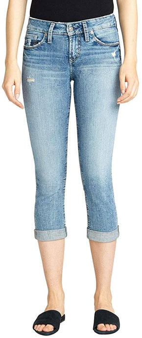 Women's Silver Jeans Suki Curvy Fit Mid Rise Capri Jeans in Vintage Medium Indigo from the front