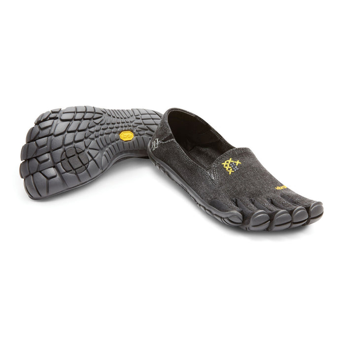 Women's Vibram Five Fingers CVT-Hemp Walking Shoe in Black from the front
