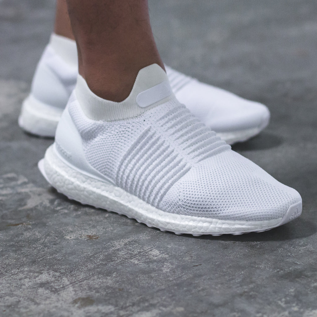 c2861664c25d5 Click here to purchase the UltraBOOST Laceless Mid online on our Solestop  website once live.