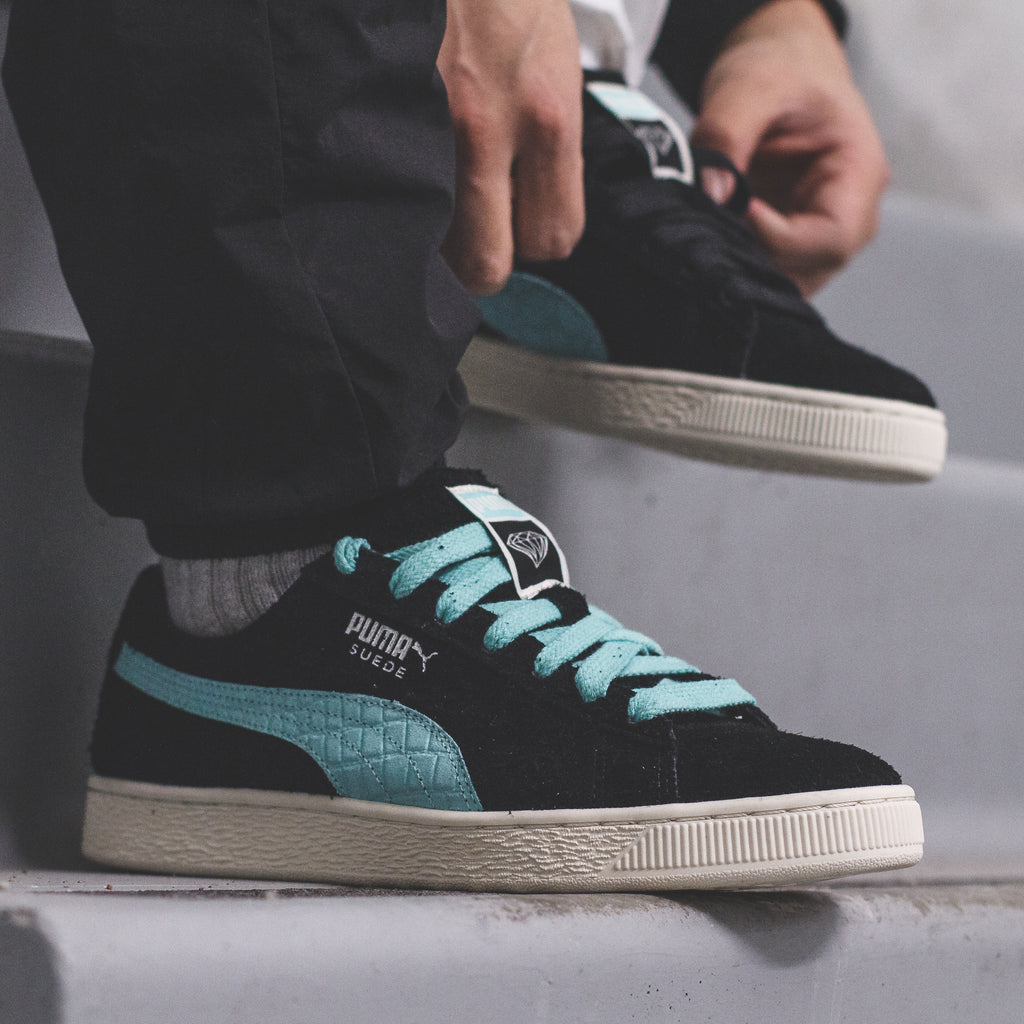 a07711a952d Click here to purchase the DSC x PUMA Suede online once live on  Solestop.com.