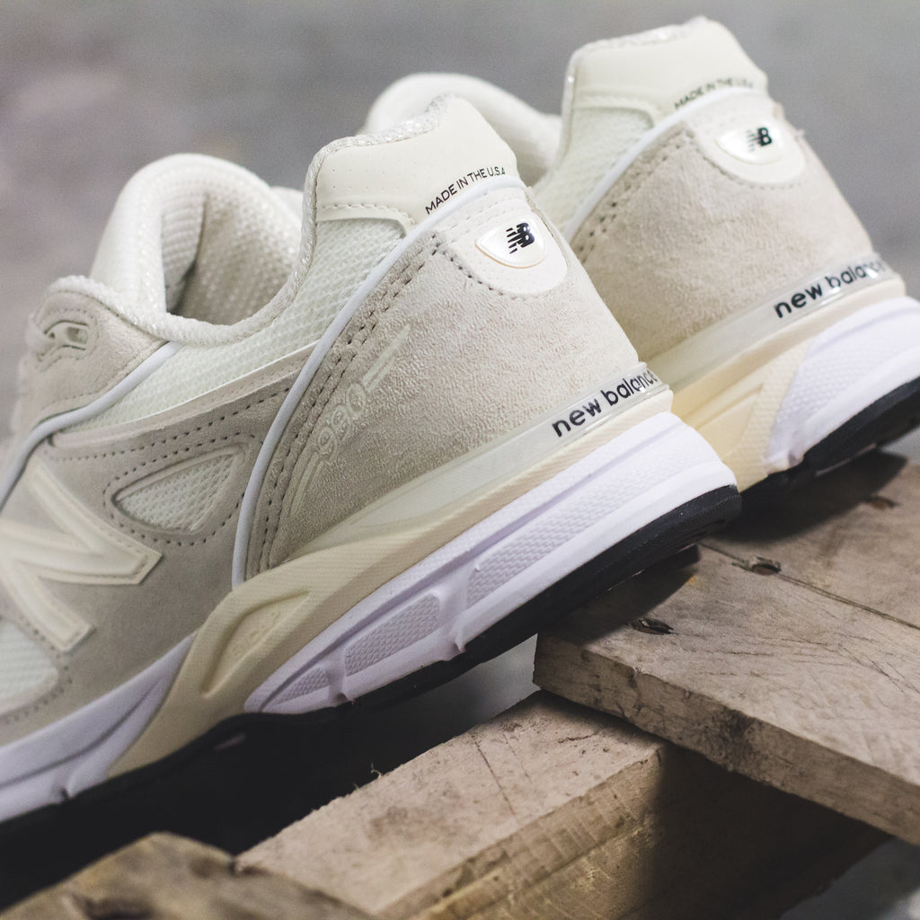 the latest 208a8 4944b Stussy x New Balance 990V4 in Cream (M990SC4) – Solestop.com