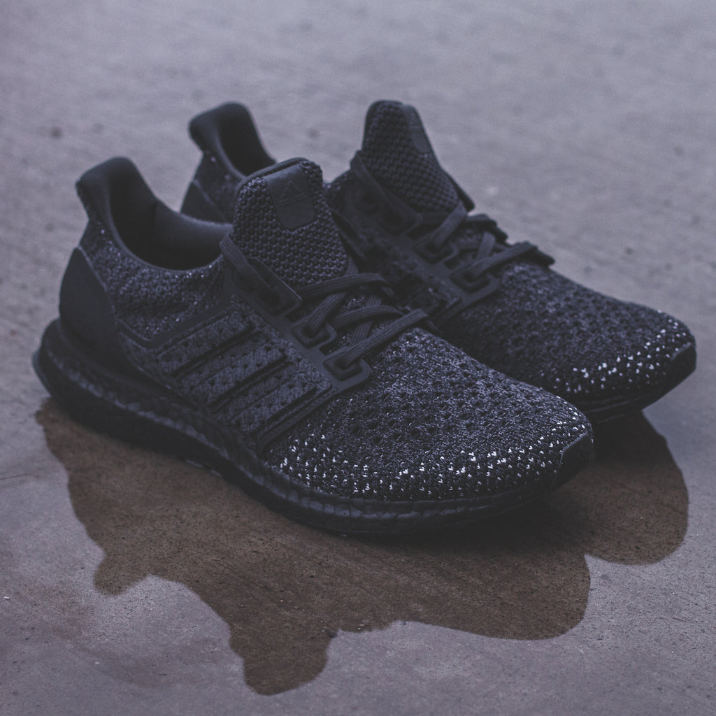 69fa3f58c8c9d Adidas Running Ultraboost Climablack Carbon Triple Black - CQ0022. Price    280 CAD. Available Sizing  7.5 - 13 US MENS