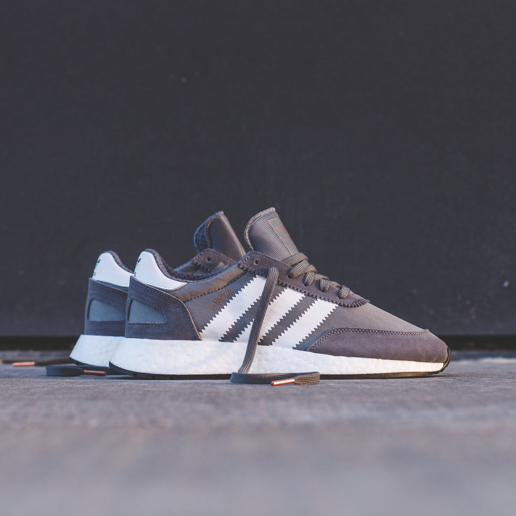 adidas Originals Iniki BOOST Runner I 5923 Vista Grey