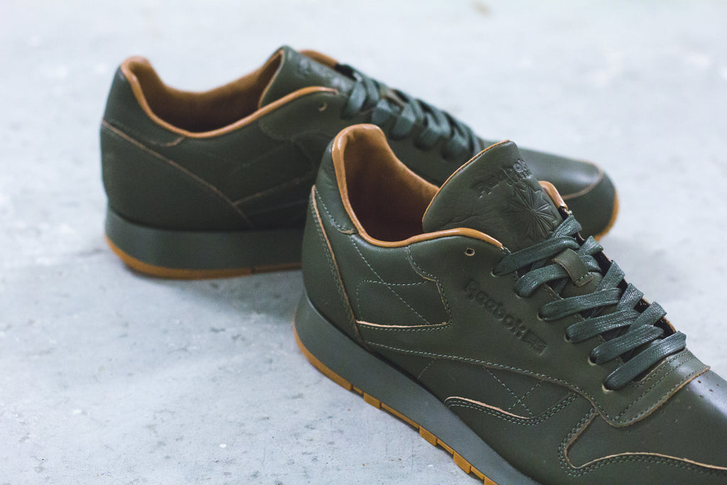 Kendrick Lamar x Reebok Classic Leather Luxe Red & Blue in Olive/Gum - BS7465