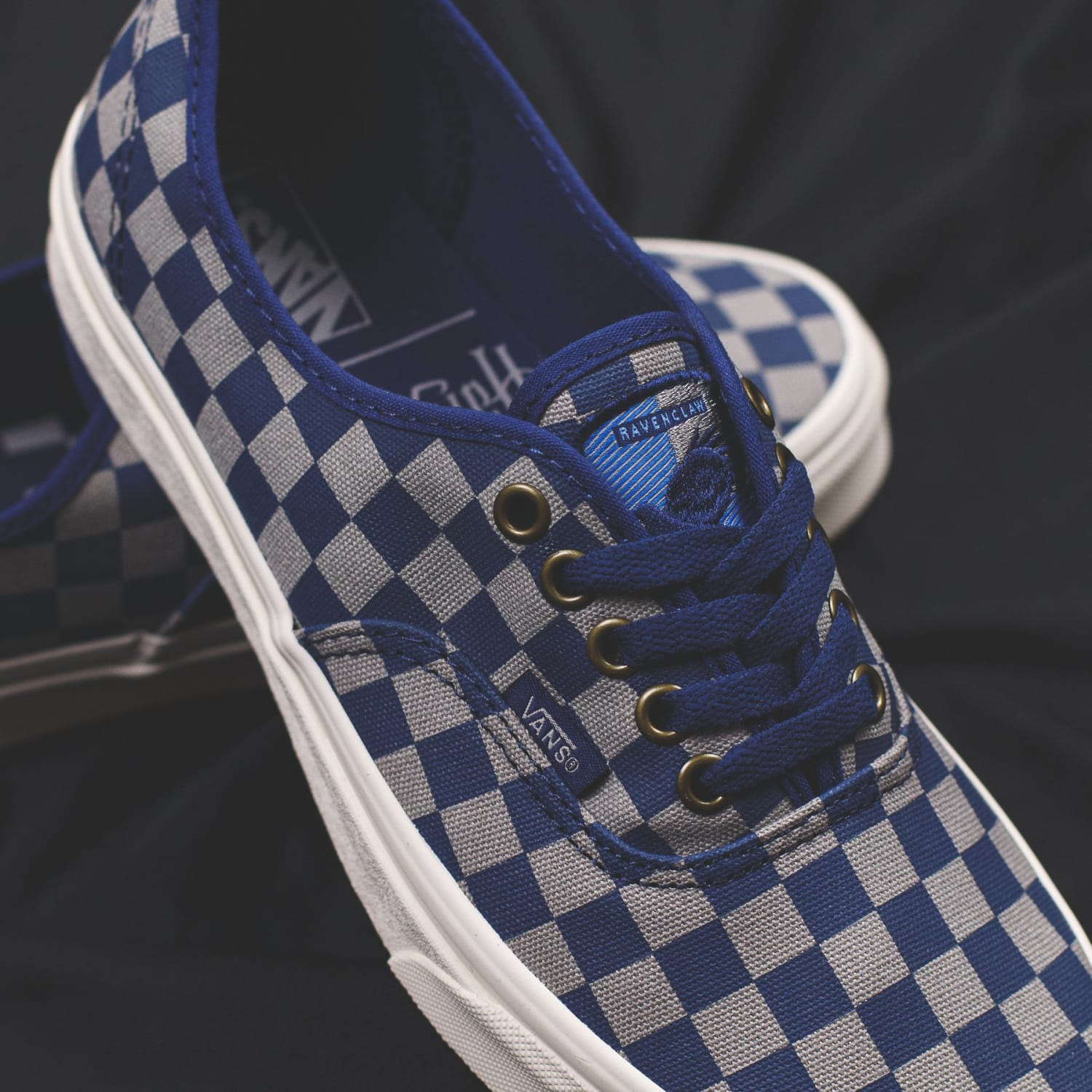 Vans x Harry Potter - Footwear and Apparel Collection