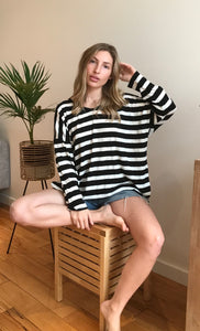 BLACK STRIPE | TOP