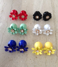 Load image into Gallery viewer, Flower Diamante | Earrings