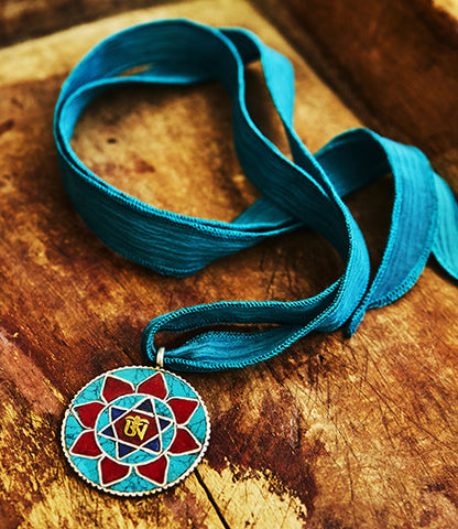 Turquoise Flower David Necklace