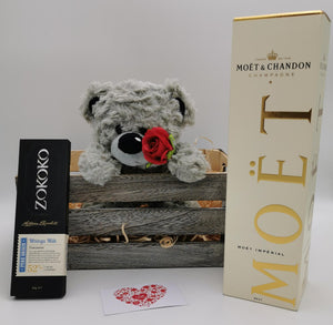 Lovers Deluxe - Moët & Chandon and Zokoko