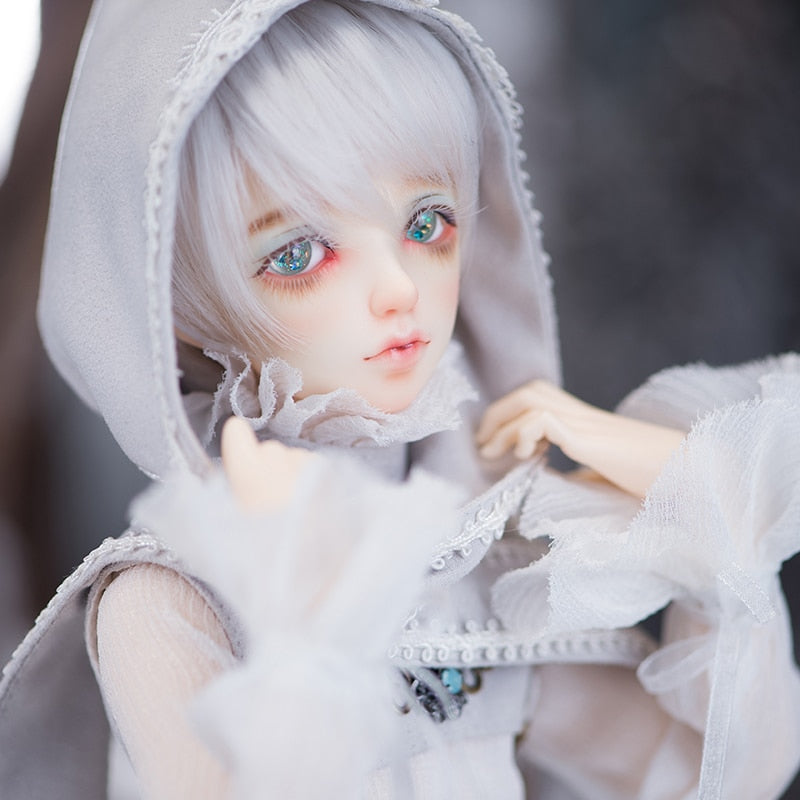 Bjd Doll sd doll 4 points Male child joint doll