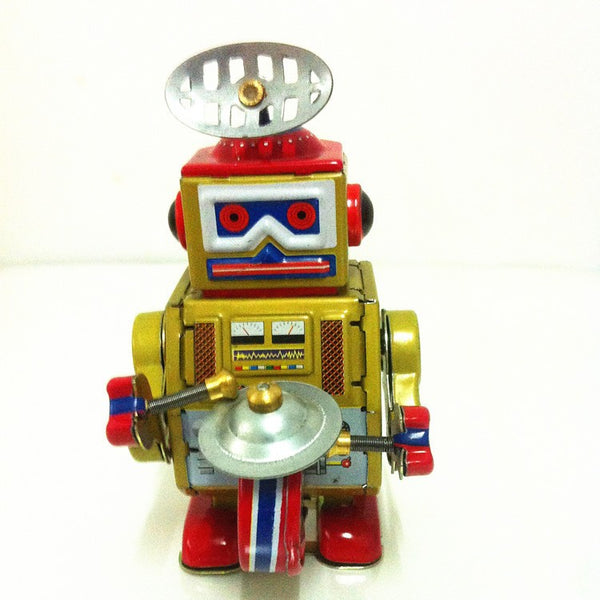 [Funny] Classic collection Retro Clockwork Wind up Metal Walking Tin Band Play gong drum robot recall Mechanical toy kids gift