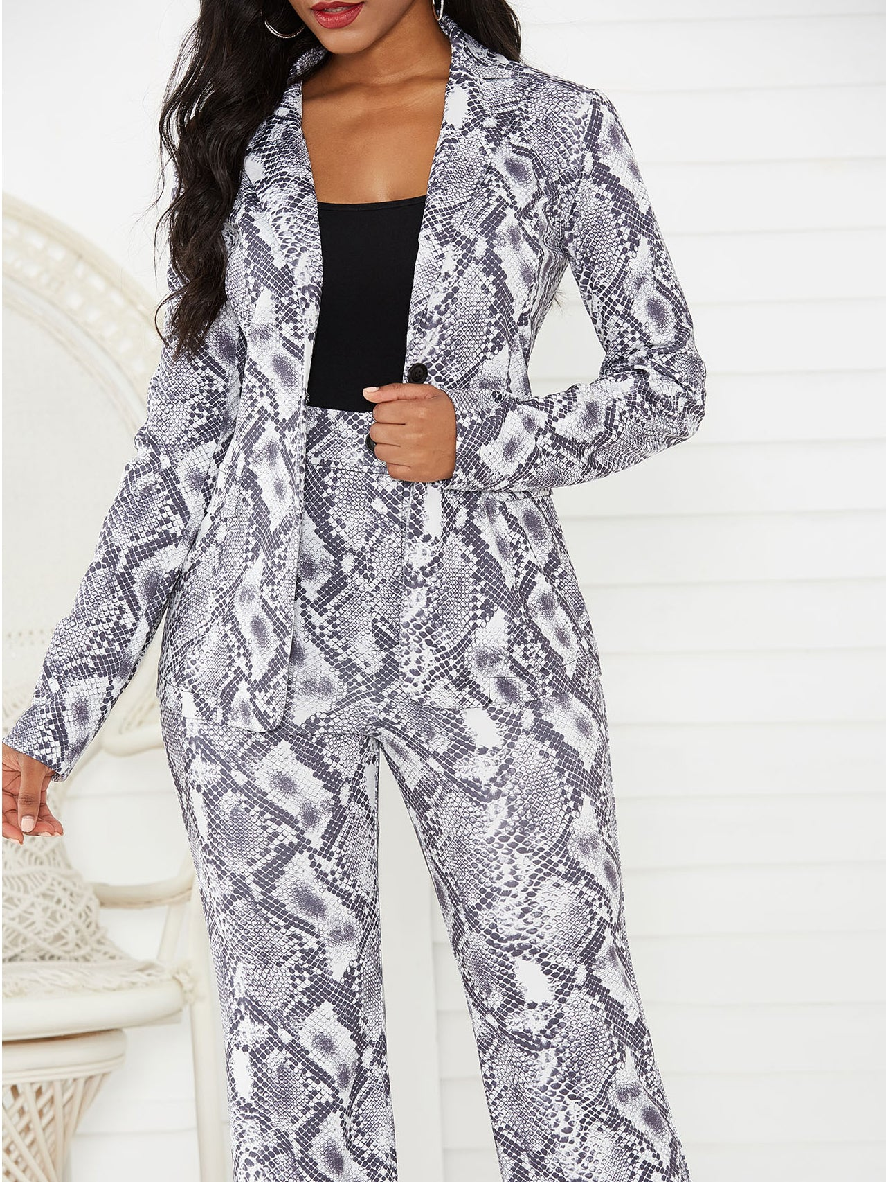 Stylish Snakeskin Printed Long Sleeve Women Suits