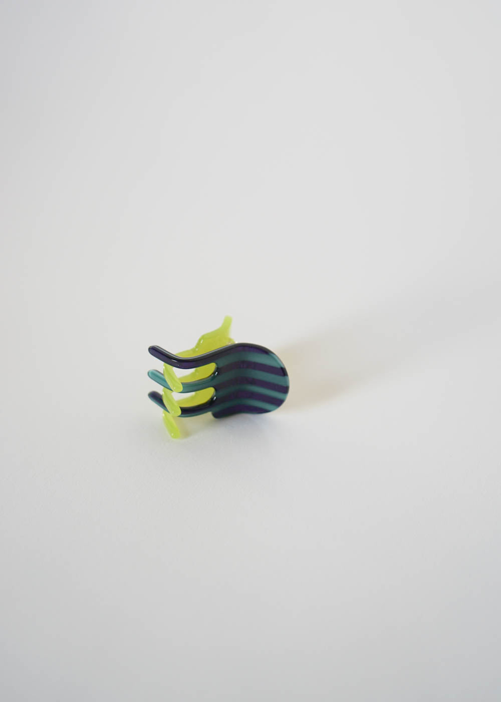 JESTER MINI CLAW / LIME + STRIPE