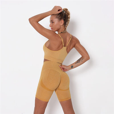 MOVI Pulse - Contour Sports Crop in Gold