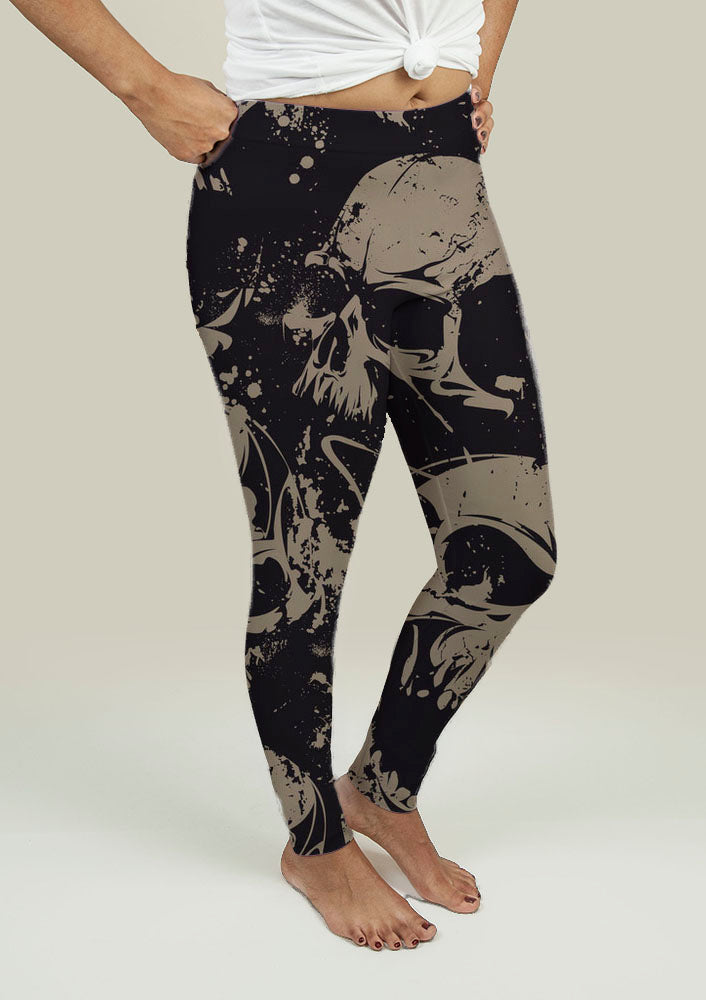 Leggings with Grunge Skulls