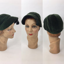 Load image into Gallery viewer, Original 1930's Fabulous Sportswear Hat - In A Divine Rich Green Velvet with Tassel