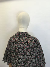 Load image into Gallery viewer, Original 1930's Capelet - Fabulous Floral Printed Silk