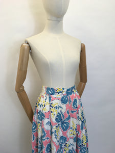 Original Early 1950s Cotton Circle Skirt - Featuring Beautiful Flowers & Ribbons Print