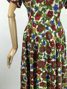 Original 1940s Floral Zip Front Dress - In Lovely Autumnal Shades of Rich Wines, Blues, Yellows and Greens