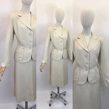 Load image into Gallery viewer, Original 1940's STUNNING Cream 2pc Suit - With Exquisite Iconic 40's Tailoring