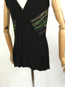 Original 1930s blouse in crepe - With Gorgeous metallic thread details