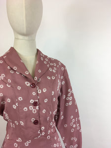 Original 1940s VOLUP Day Dress - In A Beautiful Dusky Rose Rayon with White Daisies