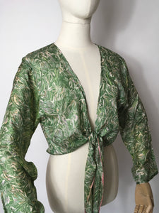 Original 1930's Floral Silk Wrap / Bolero - In a beautiful Angelic Colour Pallet