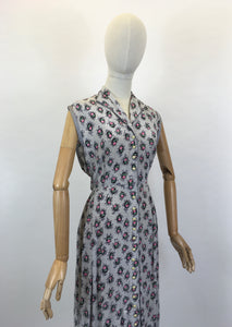 Original 1950's Cute Button Front Dress - In A Lovely Pretty Cameo Floral