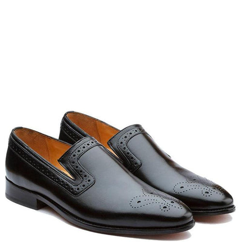 Brogue Loafer With Medallion