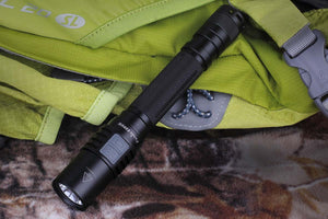 Fenix E25UE Flashlight (1000 Lumens) - Thomas Tools