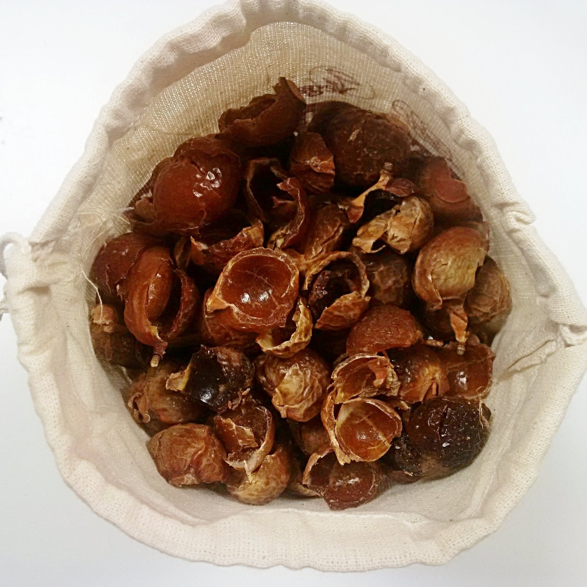 ORGANIC SOAPNUTS 1 KILO WITH STORAGE BAG - 480 WASHES - Great for all washing machines & Dish washer - natoorio