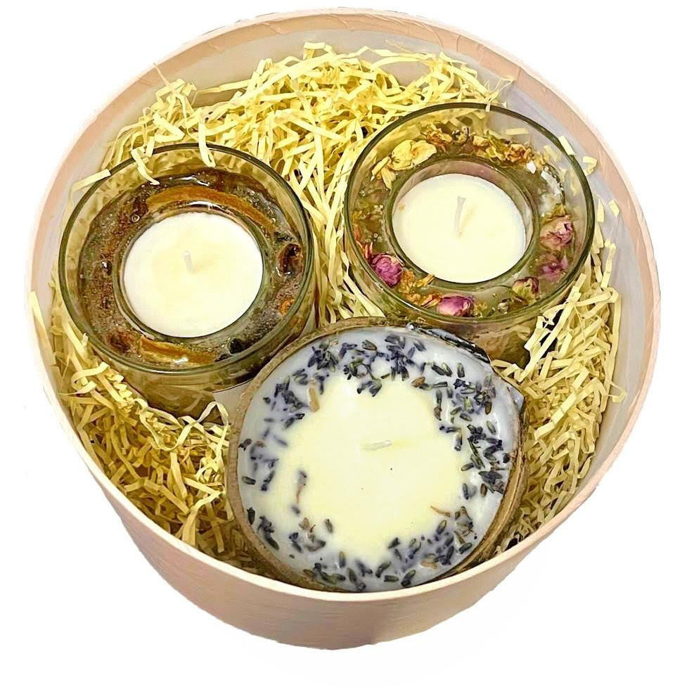 Gift Set with Lavender scented Soy candles in coconut shell and Gel, Soy wax, scented white jasmine with beautiful botanical Flowers and Gel, Soy wax scented Orange & Cinnamon with Natural Orange and Cinnamon, PRE-ORDER delivery around 4th of December