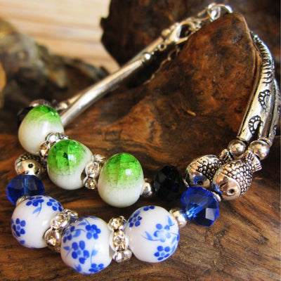 Blue White Porcelain Bead Bracelet Elegant Chinese Style Charm Bracelet Vintage Romantic Gift for Wife Girlfriend Fish Design