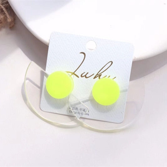 AOMU Simple Design Geometric Earrings Female Transparent Big Round Circle Acrylic Stud Earrings For Women Brincos Jewelry 4 cm