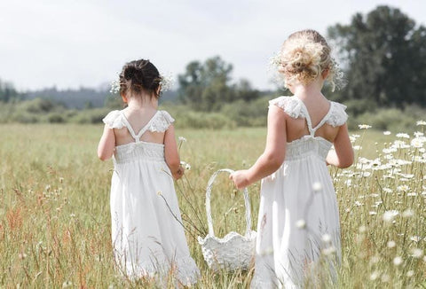 11 Lace Flower Girl Dresses for Rustic Barn Wedding