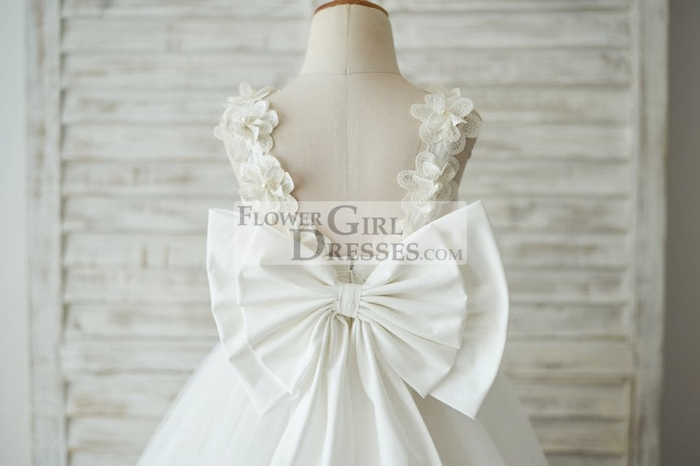 Princess Ivory Lace Tulle V Back Wedding Flower Girl Dress with Big Bow