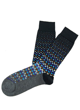 Graduated dot pattern sock
